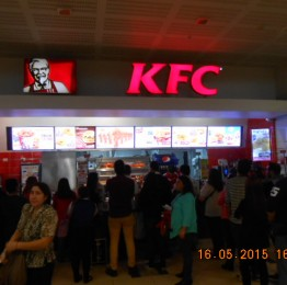 KFC Costanera Center