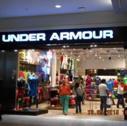 Under Armour Costanera Center